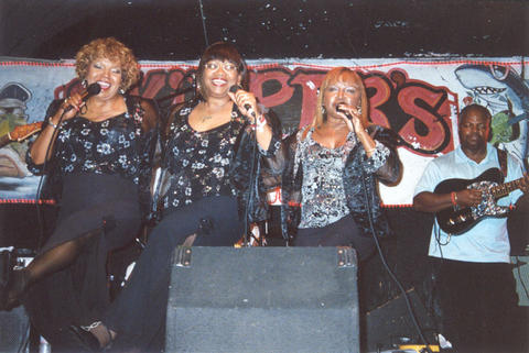 Rosa, Athelgra and Barbara - The Dixie Cups