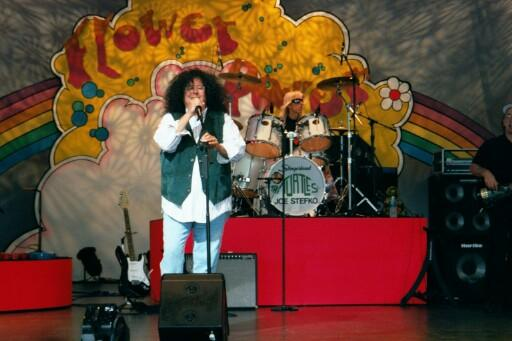 Mark Volman at EPCOT, May 5, 2002